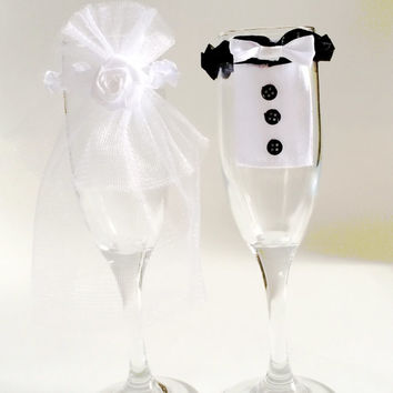 Bride and Groom toasting champagne glasses decor, champagne glass decorations, wedding decor