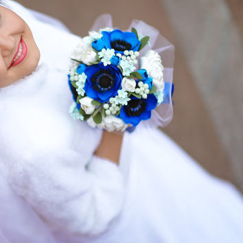 real touch bouquet with anemones and peonies. dark blue anemones, ivory peonies. anemones bridal bouquet