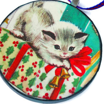 Cat Ornament, Kitty Ornament, Vintage Ornament, Ephemera, Wood, Shabby Chic, Recycled, Animal Ornament, Handmade by tasherajean