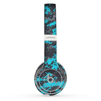 The Bright Turquoise and Gray Digital Camouflage Skin Set for the Beats by Dre Solo 2 Wireless Headphones