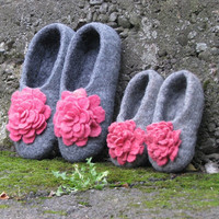 Mother and Daughter Gray Felted slippers Pink by SunshineFelt