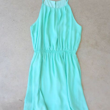 Sweet Spring Dress in Mint