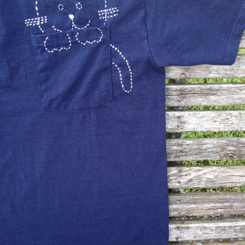 Custom Embroidered Cat in Pocket T-shirt, Cat Shirt, Cat Pocket Shirt, Handmade Cat Shirt, Adult Cat Shirt, Cool Cat Shirt