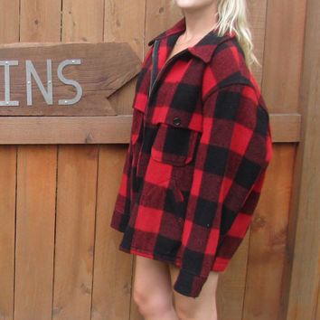 vintage Woolrich buffalo plaid wool barn jacket. made in usa. xl.