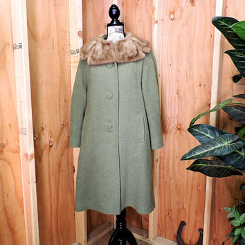 1950s Mary Lane wool coat / fur collar coat / S / M / Mid century coat / olive green ecru wool vintage 50s coat / Steven Hockanum Topaz