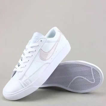 Wmns Nike Blazer Low Le Fashion Casual Low-Top Old Skool Shoes-4