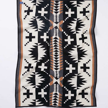 Pendleton Spider Rock Throw Blanket | Urban Outfitters