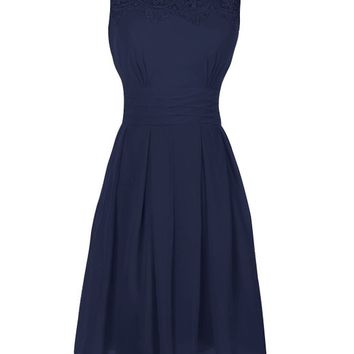 Ouman Short Prom Dress Bridesmaid Gowns with Appliques Neckline