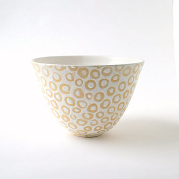 White Serving Bowl - Contemporary Spotted White Clay Bowl - Handmade Ceramic Vessel - Hand Painted Stoneware Pottery - Medium Serving Dish