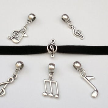 CHOOSE Treble Clef Quaver Music Charm BLACK 10mm Velvet Ribbon Choker - ra... or choose another colour velvet, hand made to size :)