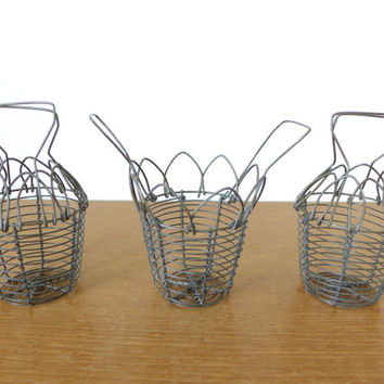 Small folding wire baskets with handles