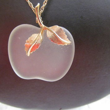 Vintage Avon Frosted Glass Apple Necklace Gold Tone Chain
