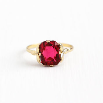 Vintage 12k Rosy Yellow Gold Filled Simulated Ruby Ring - 1930s 1940s Art Deco Size 8 1/2 Pink Glass July Birthstone Flower Jewelry