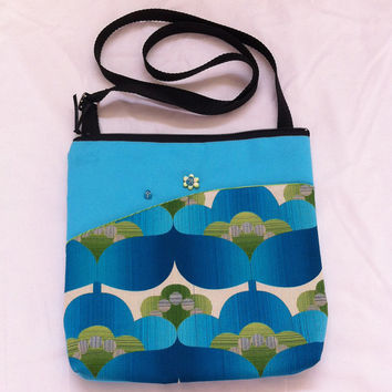 Oriental Blue Flowers Handmade Pocket Shoulder Bag