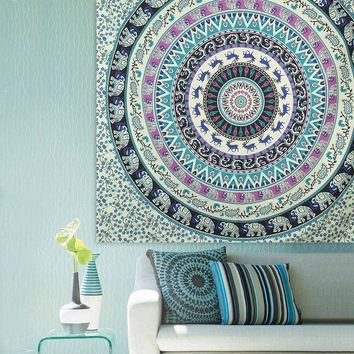 1pc Beach Towel Throw Tapestry Beach Yaga Bedspread Towel Blanket Rug Bohemian Indian Elephant Mandala Tapestry Hanging Carpet