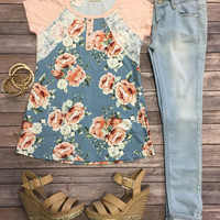 Blooming Lace Top: Peach