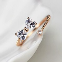 Bow And Round Rhinestone Wrapping Finger Cuff Ring (Adjustable Band)