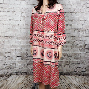 1970s  Dress / Kaiser Dress/ Cotton Festival Dress/ Hippie Pakistan Indian Cotton Dress/ Bohemian Batik Tunic Dress / S M L