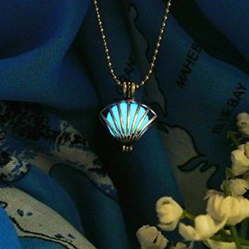 Royal Seashell Glow In the Dark Necklace Jewelry Pendant Steampunk Fairy Magical
