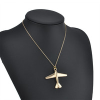 Simple Fashion Stereo Plane Pendant Chain Necklaces & Pendants Gold Plated Necklace  Women Jewelry Accessories Free Shipping