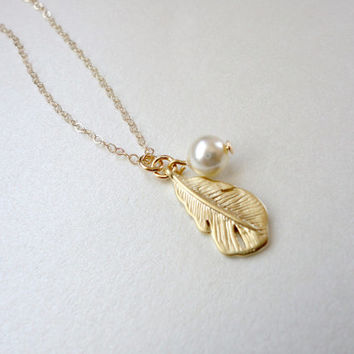 Feather necklace, Birthstone necklace, Gold necklace, Wedding jewelry, Bridesmaid gift, Simple everyday necklace