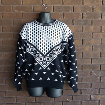 Vintage 80s 90s sweater / 1980s knit pullover / slouchy oversized / geometric black white / big bang hipster 1990s cosby / mens unisex .. L