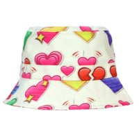 LOVELOVELOVE BUCKET HAT