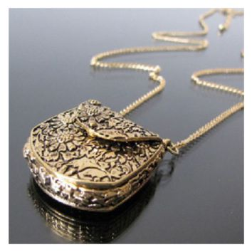 Special Vintage Carved Bronze Locket Pendant Long Chain Necklace