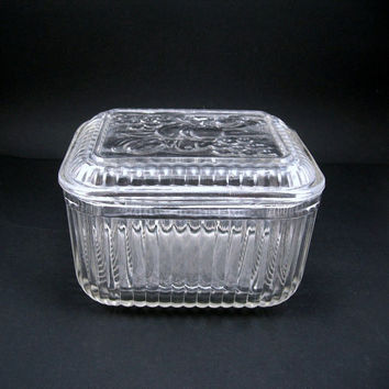 Vintage Glass Refrigerator Dish with Lid, Clear Glass, Fruit Design on Top, Ribbed Sides, Food Keeper, Circa 1950, Glass Kitchenware