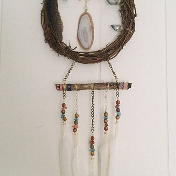 Crystal Dreamcatcher>> Orange Geode Slice Crystal wall decor>> Blue Quartz crystal and Gold dipped feathers