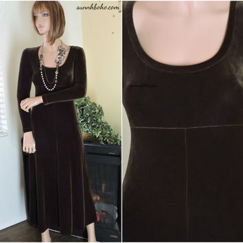 90s velvet maxi dress size S cocoa brown long sleeve velvet dress 1990s BCBG USA boho grunge minimalist long velvet dress SunnyBohoVintage