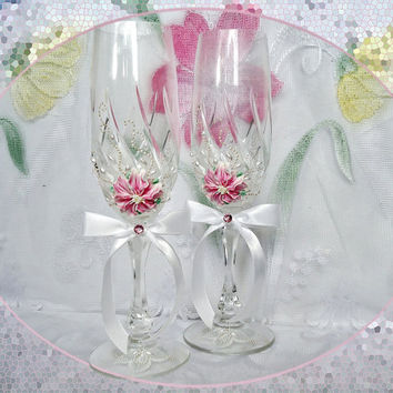 Crystal, hand decorated, wedding or anniversary champagne glasses, elegant toasting flutes with pearls and polymer clay flowers