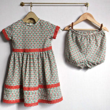 Floral summer girls costume dress and shorts Light green and white cotton fabric with orange lace