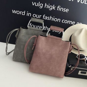 Fall Fashion New Handbags High quality PU leather Retro Iron Handle Simple wild large capacity Buckets Shoulder Messenger bag