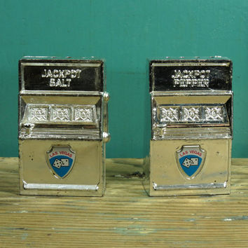Las Vegas Souvenir Slot Machine Salt and Pepper Shakers • Silver Plastic • Made in Hong Kong Circa 1950s • Vintage Jackpot S & P