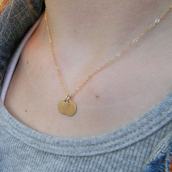 Two Disc Necklace / Personalized Gold Disc Necklace / Simple Everyday Necklace / Delicate Small Disc Necklace / Layering Necklace