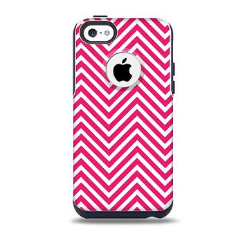 The White & Pink Sharp Chevron Pattern Skin for the iPhone 5c OtterBox Commuter Case