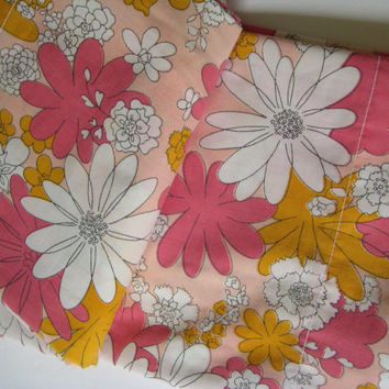 Vintage Bedding MOD Bed Sheet FULL Size Flat Sheet Cannon Monticello Flower Power Pink Daisy Bed Sheet Muslin Girl Kids Bedding Clean Used