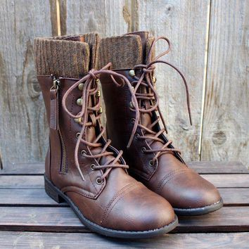 DKJN6 FINAL SALE - the brown combat sweater boots