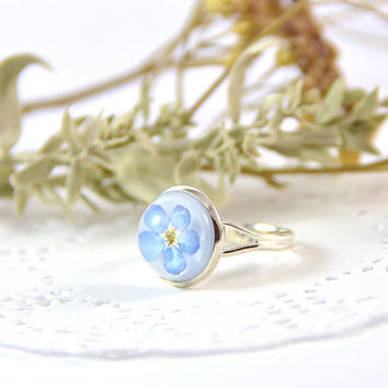 "Forget me not resin Ring 12 mm / 0.48"" with dry flowers - Real Dry Flower in Epoxy Resin - Great gift - Handmade jewelry"