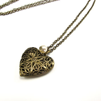 Aromatherapy Necklace - Beautiful Filigree, Heart Locket in Antique Brass with a Single Pearl