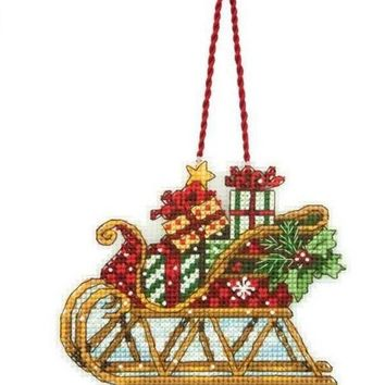 Gold Collection  counted cross stitch kit sleigh ornament Christmas ornaments DIM 08914