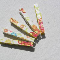 White Floral Clothespin Magnet Patterned Set (3.5 inch)
