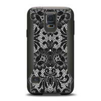 The Black and White Lace Pattern10867032_xl Samsung Galaxy S5 Otterbox Commuter Case Skin Set