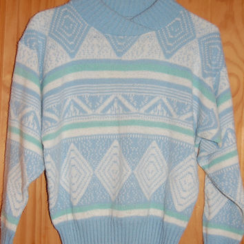 Vintage 80s Pastel Pale Blue Aqua Soft Snug Cropped Aztec Fair Isle Tribal Sweater XS