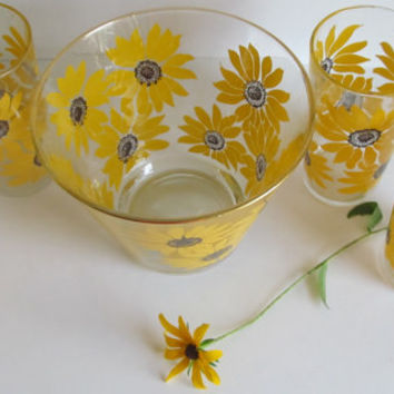 Sunflowers 5 pc  Glass Punch Bowl set Sunflower Glasses Brown Eyed Susan
