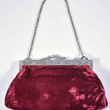 Vintage Style Burgundy Red Velvet Kiss Lock Purse