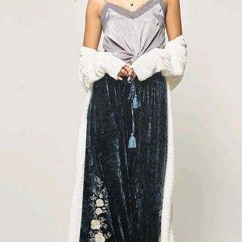 Bohemian Queen Dark Blue Velvet Floral Pattern Embroidery Drawstring Waist Loose Wide Leg Palazzo Pants