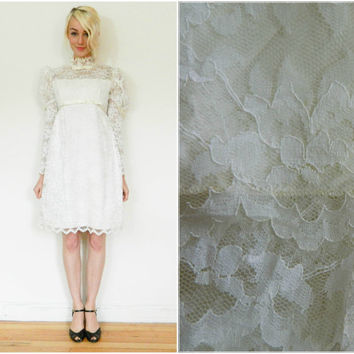 60s wedding dress / Mod baby doll mini dress / long sleeve / lace / 1960s go go bride / white dress / high neck / empire waist size small xs