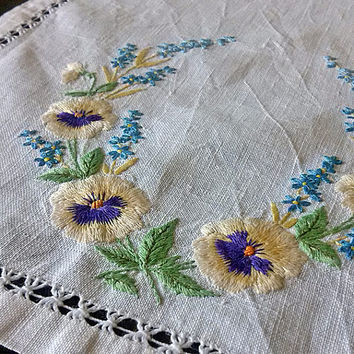 Vintage embroidered pansy Embroidery long doily Retro pansies napkin Old floral pattern Table top decor Housewares table Stunning design